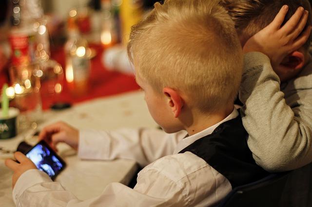 Levné Smartphony pro děti od 1278 Kč