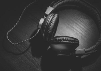 Vybíráme sluchátka – přehledný popis i srovnání oblíbených kousků
