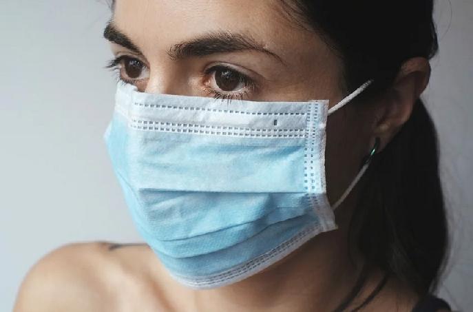 Jak vyrobit antivirotický filtr do roušek v domácím prostředí