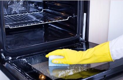 Jak vyčistit troubu pomocí domácího prostředků bez chemie
