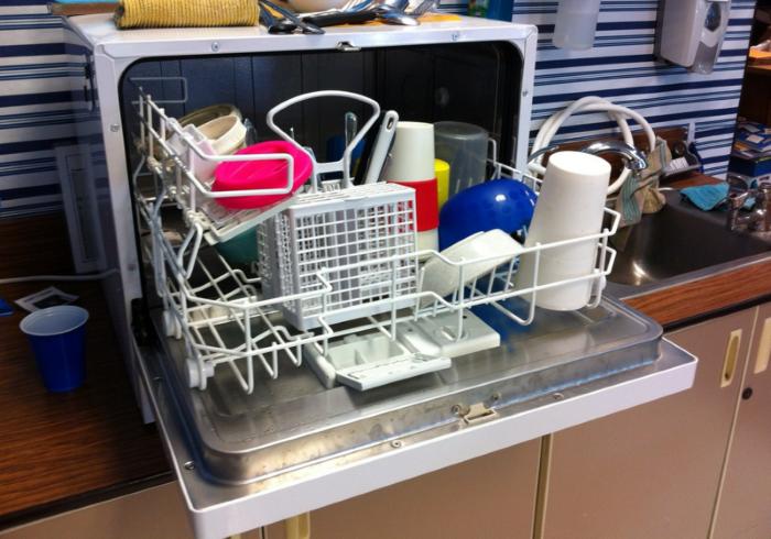 5 rad jak správně používat myčku nádobí