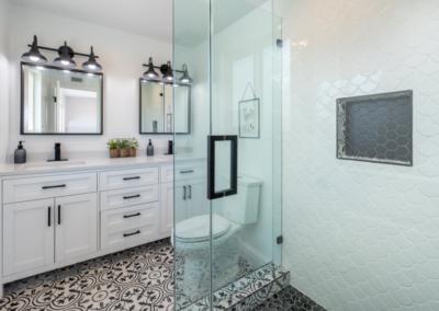 Jak vyčistit sprchový kout snadno a bez chemie